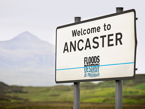 Environment Agency Floods Destroy sign
